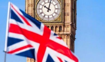 Brexitul schimba dramatic conditiile in care studentii romani pot studia in Marea Britanie