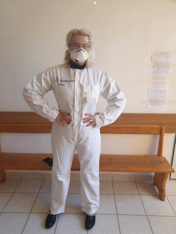 "doctorita-care-s-a-tratat-singura-de-coronavirus-si-a-reusit-sa-isi-vindece-si-pacientii:-""omule-drag,-pune-curajul-in-buzunarul-de-la-piept-si-mergi-inainte!"""